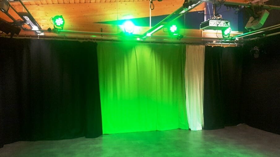 MANOR GREEN COLLEGE DRAMA STUDIO